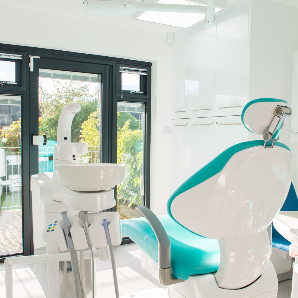 private dentist cheltenham